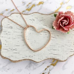Jewelry - Big Rose Gold Open Heart Dainty Necklace